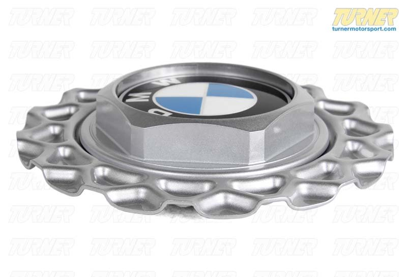 T#8237 - 36132225622 - Genuine BMW Hub Cap D=151mm - 36132225622 - E30 - Genuine BMW -