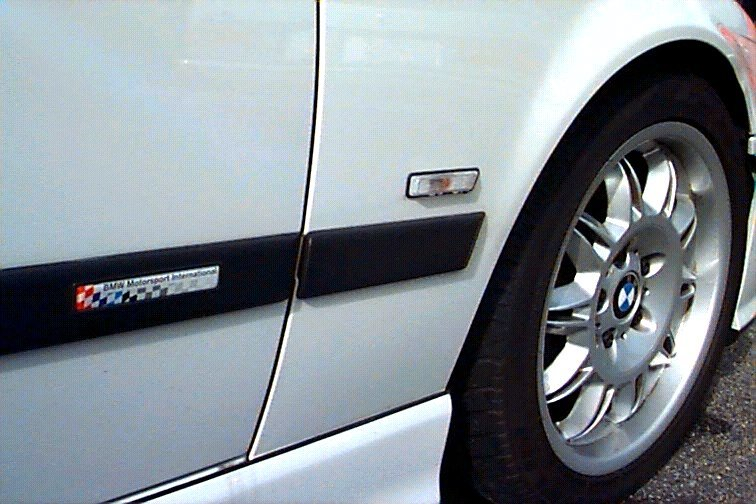T#3595 - 82199404387PAIR - E34 Euro Clear Side Markers (pair) - Turner Motorsport -